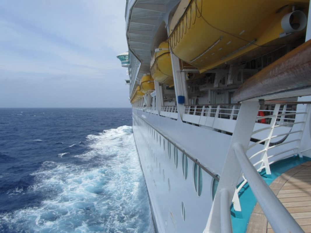 ship-travel