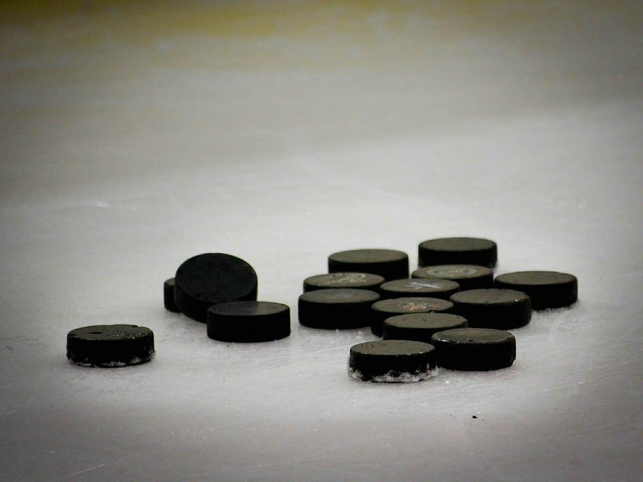 hockey-puck-608582_1280